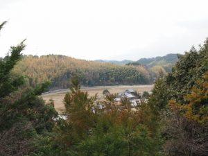 辰水神社からの眺め(津市美里町家所)