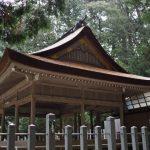 拝殿の屋根は美しい檜皮葺、丹生神社(多気郡多気町丹生)