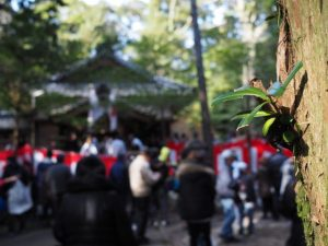 餅まき(一之瀬神社)