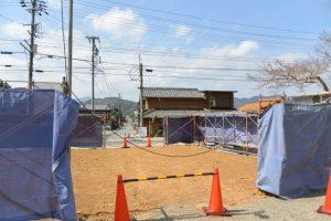 仁王門は修復のため解体され更地に、丹生山神宮寺(多気郡多気町丹生)