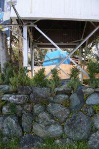 御造替された御垣と本殿、世木神社(伊勢市吹上)