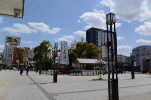 伊勢市駅前から望む世木神社方向