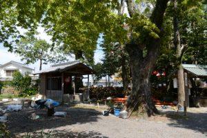 仮殿となっている三吉稲荷神社、世木神社(伊勢市吹上)