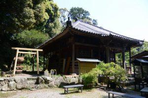 元興玉社と太江寺(伊勢市二見町江)