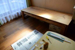 片付いたテーブル