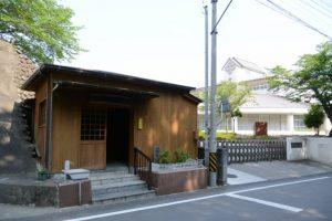 桜地蔵尊(早修小学校の隣)