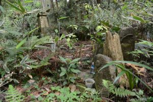 梅香寺旧跡の石碑付近