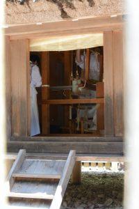 神御衣の奉織(神服織機殿神社)