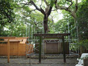 簀屋根の柱組みが始まっていた河原神社(豊受大神宮 摂社)