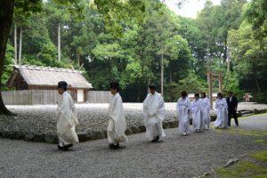 神御衣奉織鎮謝祭(神服織機殿神社)