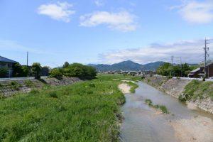 新松阪大橋から望む阪内川の上流側