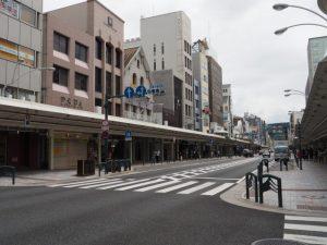 麸屋町通と四条通との交差点(C→D)