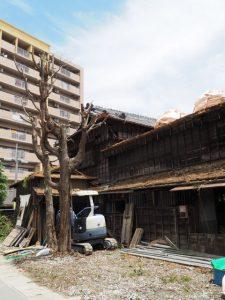 烏帽子世古北端の建物も解体(伊勢市宮町)