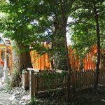 参道鳥居に掛けられていたブルーシートの理由が明らかになった吉王稲荷神社(伊勢市船江)