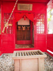 神饌がお供えされていた坂之森稲荷社、坂社(伊勢市八日市場町)