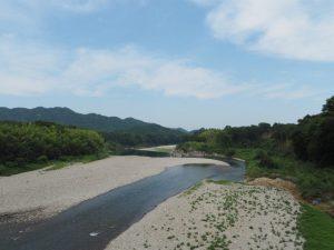 南伊勢大橋から眺めた宮川の下流側
