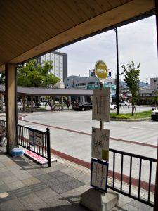 伊勢市駅前のバスのりば