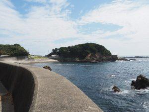 前浜と鎧崎(鳥羽市国崎町)