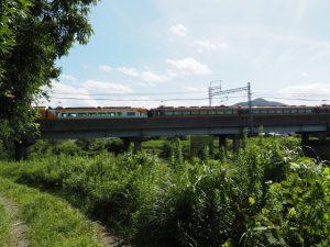 五十鈴川を渡る近鉄鳥羽線