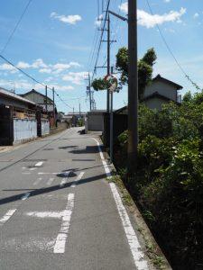 辻の内 バス停付近から西蓮寺方向へ