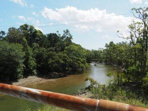 下御糸橋から望む祓川の上流方向