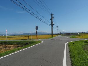 大堀川橋(大堀川)から国道23号へ