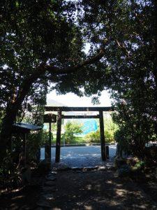 志宝屋神社(豊受大神宮 末社)の社窓風景