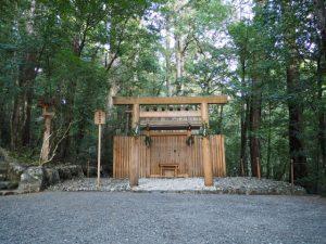 長由介神社(瀧原宮 所管社)、川島神社(同)を同座