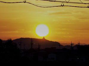 伊勢安土桃山城下街 安土城天主閣からの日の出