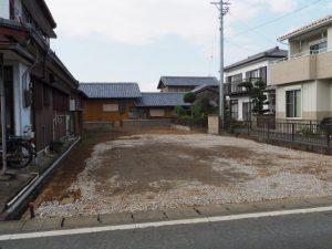 解体され更地になっていた故久田遼三さん宅(伊勢市桜木町)