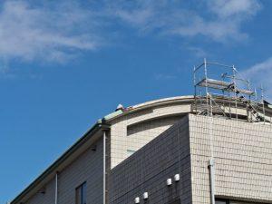 伊勢図書館の屋根も台風被害?