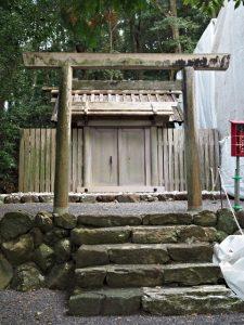 仮殿となっている朝熊御前神社(皇大神宮 摂社)