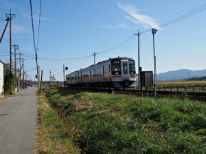 JR参宮線 前川踏切付近