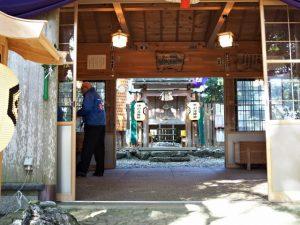 例大祭を終えた本殿と拝殿、伊射波神社(鳥羽市安楽島町)