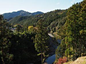 珍布峠ウォーキングコースマップ(6)〜(8)の途中からの風景