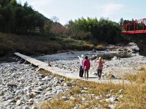 櫛田川の沈下橋(松阪市飯南町有間野)