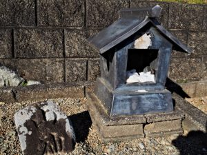 棒原神社(皇大神宮 摂社)付近の山神