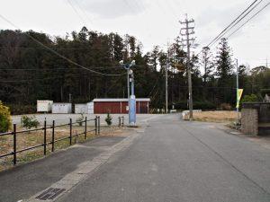 三津コミュニティセンターから硯岩へ(伊勢市二見町三津)