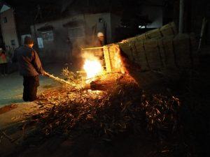 高向御頭神事-積木祭場の点火