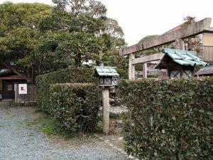 伊勢和紙ギャラリーと三輪神社(大豐和紙工業株式会社)