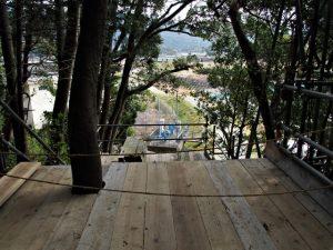 建て替えられていた木柵の古材、朝熊神社・朝熊御前神社(ともに皇大神宮 摂社)