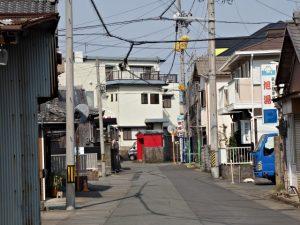 御塩道を歩いて清浄坊橋(勢田川)方向へ