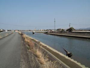 大塩屋跡を想像しながら遠望した第二湊橋(大湊川)