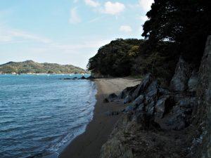 旅荘 海の蝶のプライベートビーチから粟皇子神社(皇大神宮 摂社)へ