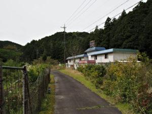 梅ケ谷駅〜荷坂峠