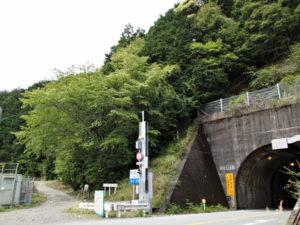 国道42号荷坂トンネル付近(梅ケ谷駅〜荷坂峠)