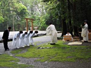神御衣奉織始祭(神服織機殿神社)