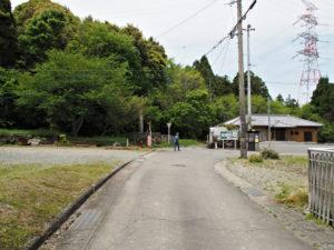 道標[8]付近を振り返って(濃州道)