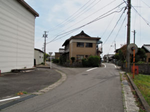 長尾 バス停〜日内 バス停(濃州道)