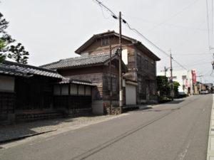 旧家稲垣屋[15]付近(濃州道)